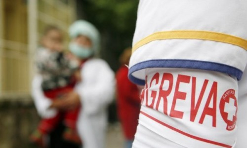 Medicii intră în grevă japoneză